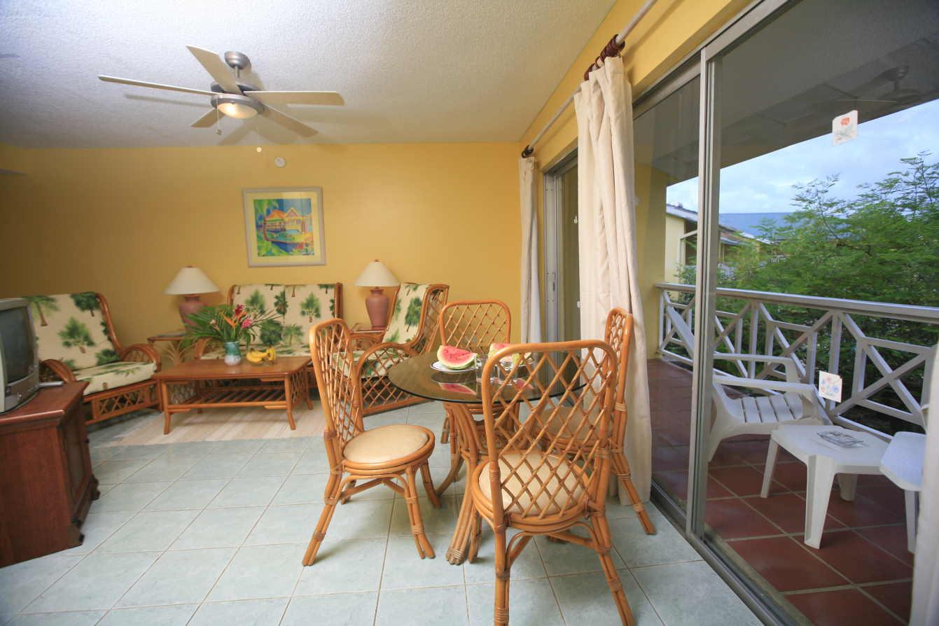 Premium Suite (Living Room)